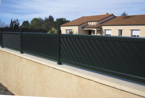 Clotures vert equip 39 for Cloture jardin aluminium prix