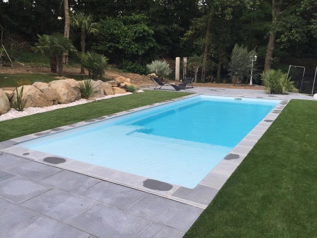 piscine-coque-plaisance